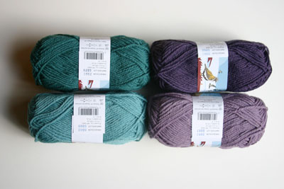 yarn colors plum smoke orchid steel blue and petrol from Dale of Norway