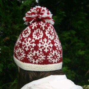 snow day hat, a stranded knitting design using Dale of Norway Freestyle yarn