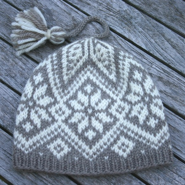 Free Fair Isle Knitting Patterns Hats : Designs Two Strands
