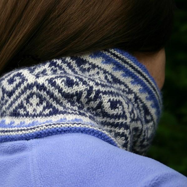 Riverside Cowl knit in Dale Alpakka
