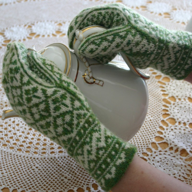 Shamrock Mittens Two Strands