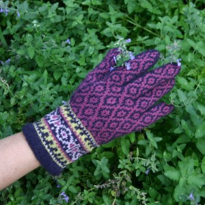 Knitting Pattern for Ladies' Fair Isle Gloves