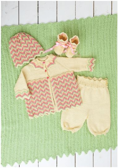 Sweet chevron lace layette set striped in four colors of Dale Baby Ull