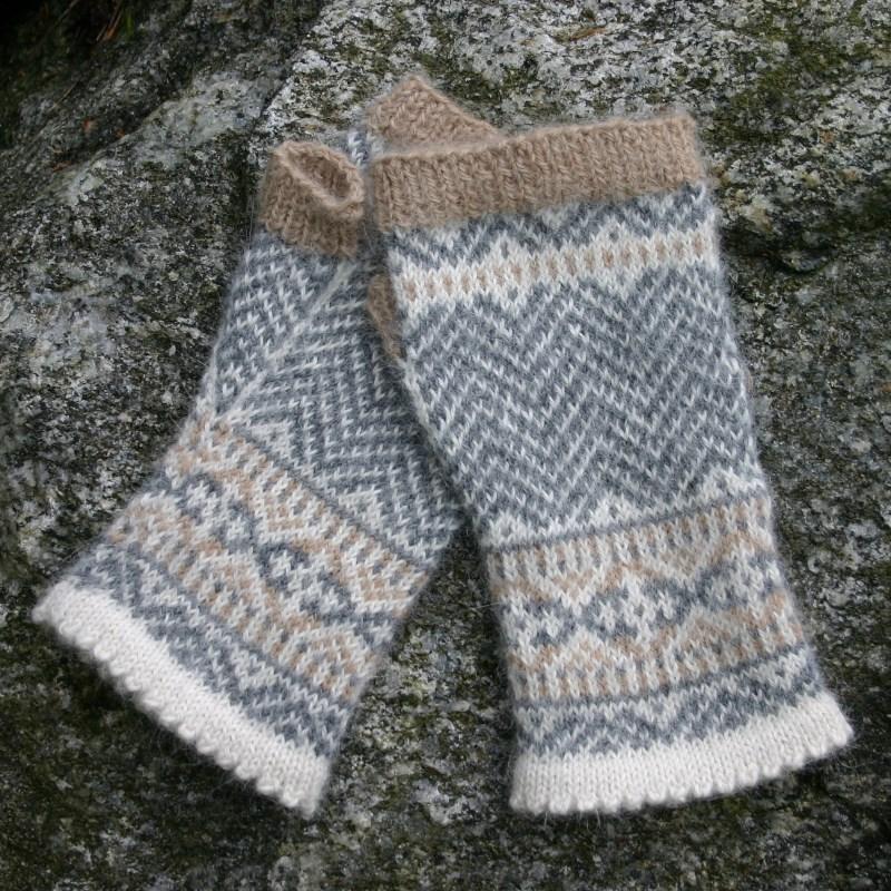 Knitting Pattern For Norwegian Mittens : Chevron Fingerless Mittens Two Strands