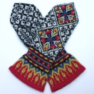 Ladies' Camissonia Mittens, knit in Dale Garn Alpakka 100% alpaca yarn