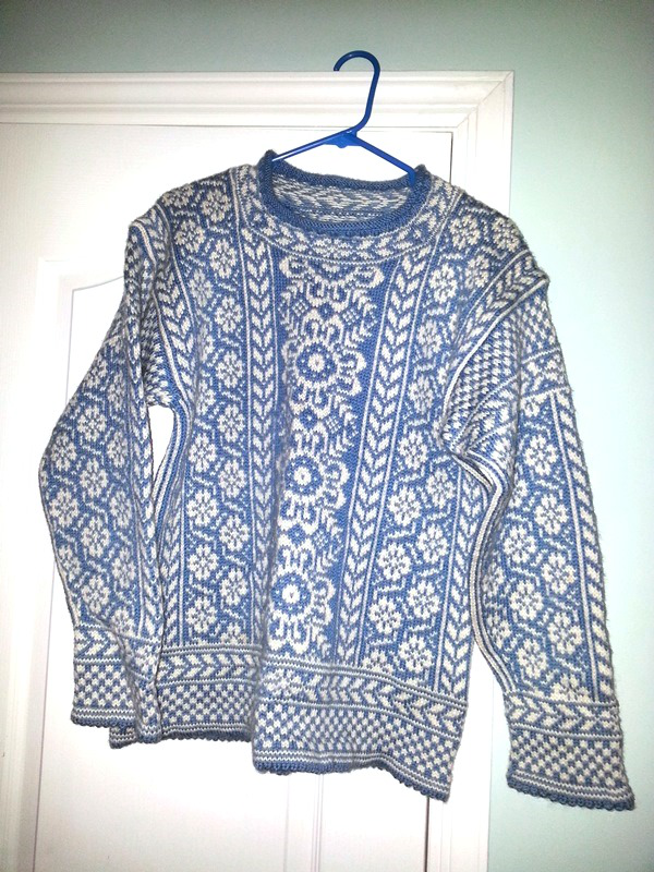 Wintergarden Pullover by Mary Ann Stephens, knit in Dale Garn Heilo