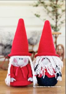 elf dolls knit with Dale yarn