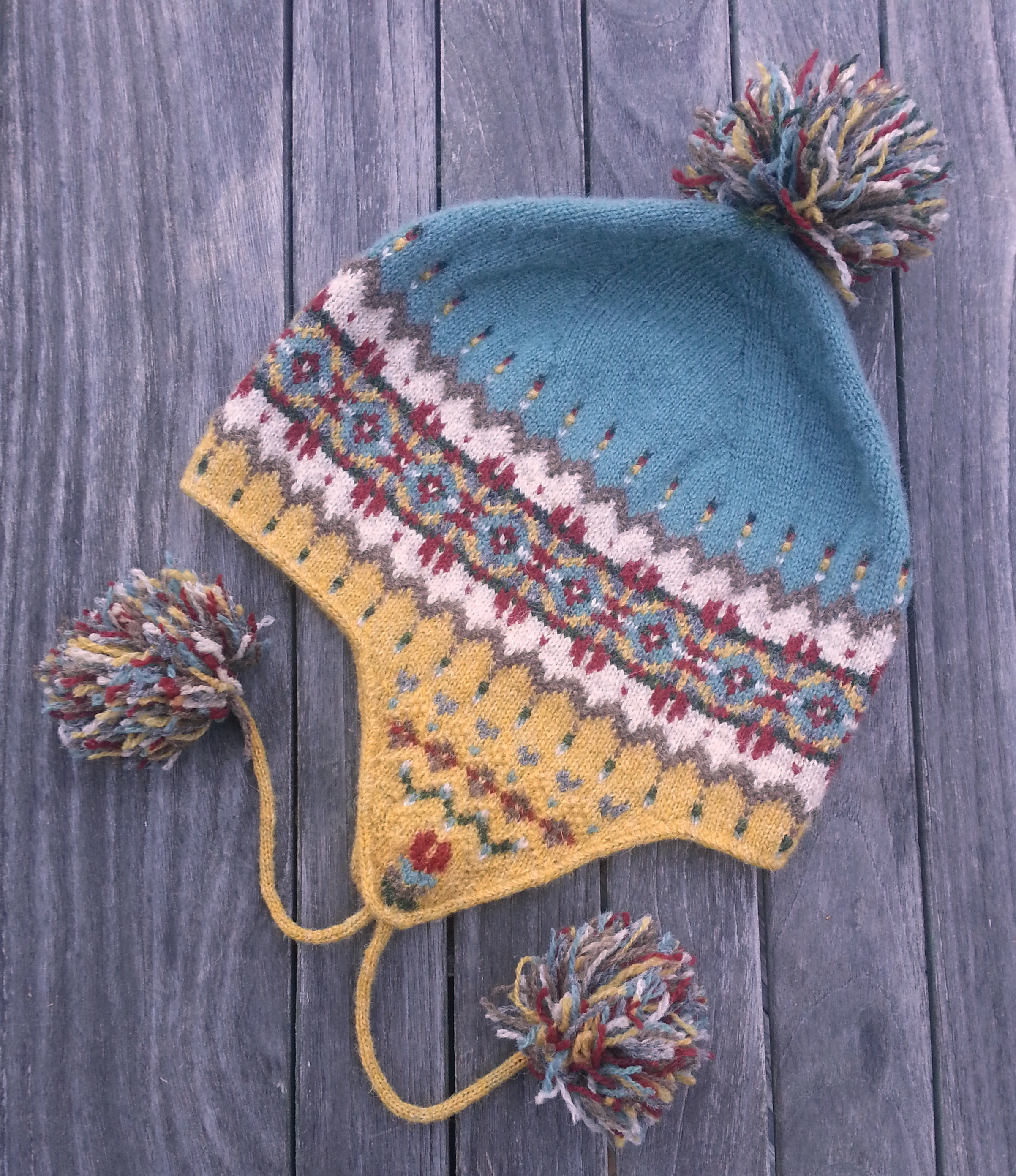 Fair Isle Knitting Hat : Sagebrush chullo two strands