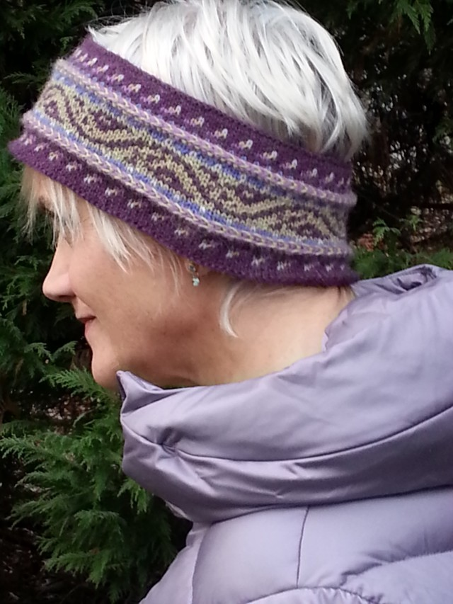 Ivy Headband, a knitting pattern by Mary Ann Stephens, knit with Dale Garn Alpakka yarn from her Kidsknits.com shop.