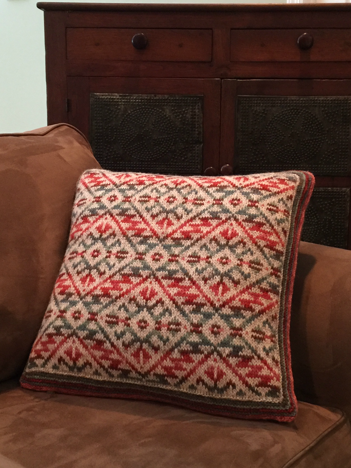 Fair Isle Catalina Highway Pillow in Jamieson's Shetland Spindrift yarn